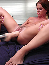 Vulvas, Sara Faye squirts nonstop from hi speed pussy pounding machines