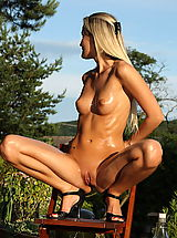 In the vagina, paola 02 outdoor small vagina girls pussy pics
