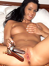 venus 05 wet dripping cunt speculum